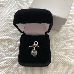 Jewelry - Black Pearl Ring